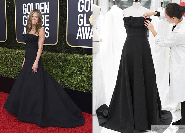 레드카펫의 정석을 보여준 제니퍼 애니스톤의 블랙 울 드레스. 제니퍼 애니스톤이 골든글로브 시상식에서 입은 드레스를 제작하고 있는 임세아 씨.