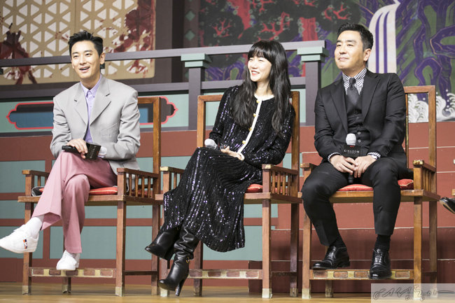 '킹덤' 시즌2 제작발표회에 참석한 주지훈, 배두나, 류승룡(왼쪽부터).