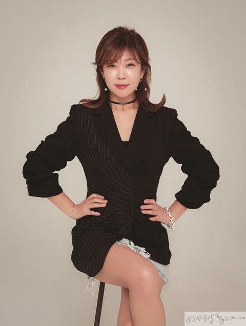 패션·뷰티·라이프스타일  인플루언서 전문 매니지먼트  아이스크리에이티브  김은하 대표.