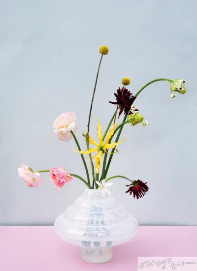 꽃보다 예쁜 오브제, 작가들의 화병