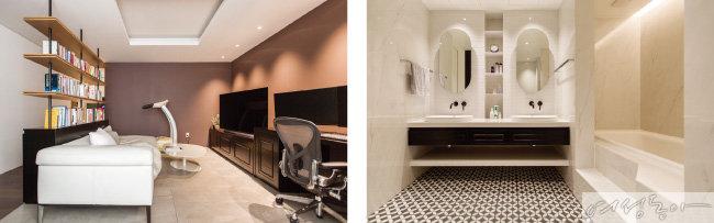 운동을 하거나 TV를 보는 플레이 룸과 드레스 룸, 욕실 사이의 공간을 책장으로 분할했다(왼쪽).   손님 초대가 잦은 아빠를 위한 전용 욕실 공간. 블랙 & 화이트 모던한 컬러 타일, 미니멀한 디자인의 세면 수전과 거울 등을 배치해 세련되고 쾌적한 욕실 공간을 연출했다.