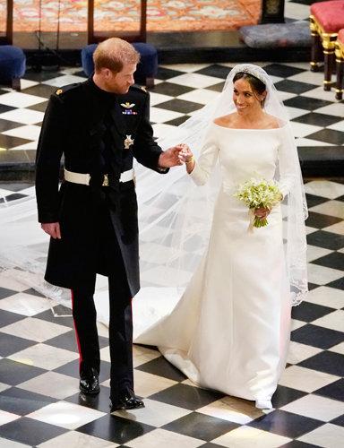 메건 마클이 2018년 해리왕자와 결혼식 때 입은 단아한 웨딩드레스도 지방시의 디자인이다. [게티이미지]