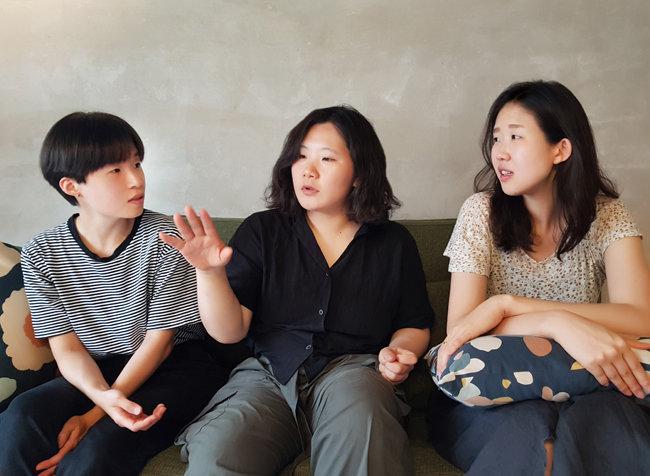 여기공협동조합의 나영 강사와 인다 이사장, 자베 이사(왼쪽부터).