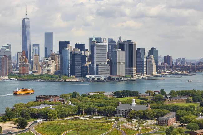 거버너스 아일랜드에서 바라본 맨해튼 풍경.