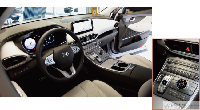 운전자의 편의성을 고려해 설계된 내부 공간. 매뉴얼 버튼이 모여 있는 중앙부 컨트롤러(왼쪽).