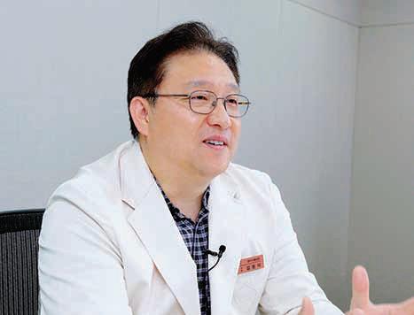 피부과 전문의 김원석 교수