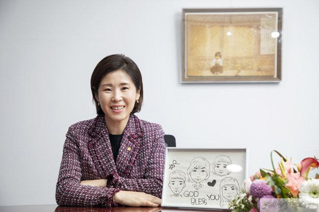 사회적 약자인 여성, 아동을 위한 법안을 계속 발의해나가겠다고 말하는 김미애 국민의힘 의원.