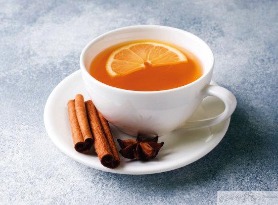체온이 내려가기 쉬운 겨울에는 평소 계피차, 모과차, 생강차 등 따뜻한 차를 자주 마셔 몸을 따뜻하게 유지하는 것이 좋다.