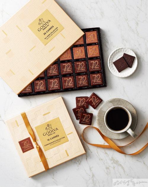 고디바 까레 어쏘트먼트 최고급 카카오로 만든 초콜릿으로, 낱개로 개별 포장돼 공부하면서 지칠 때나 집중이 필요한 순간 간편하게 먹을 수 있어 일명 '수능 초콜릿'으로 불리며 수험생과 학부모들 사이에서 인기다.