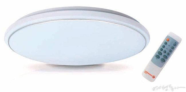 리모컨으로 조절 가능한 레드밴스 조색조광 LED 방등