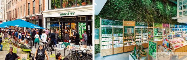 이니스프리는 2017년 7월  뉴욕 플래그십 스토어를 열고 미국 시장에 첫발을 내디뎠다. 오른쪽은 뉴욕 유니언스퀘어 매장 내부.