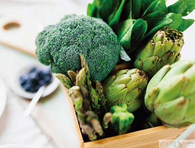 비타민 B군이 풍부하게 함유된 녹색채소.