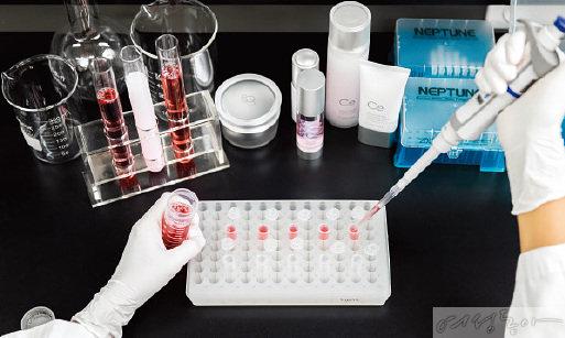 바이오 코스메틱 브랜드 '셀로니아'는 메디포스트가 개발 및 관리, 생산하는 제대혈 유래 줄기세포 배양액을 주성분으로 사용한다.