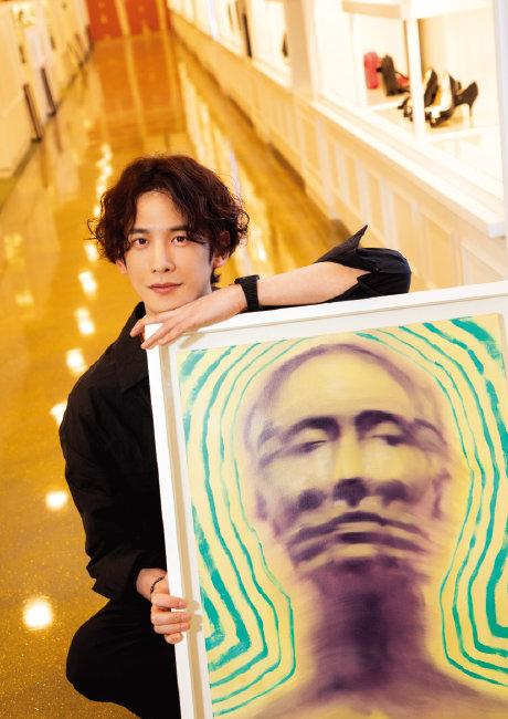 미술업계에 실력을 인정받고 있는 배우 박기웅