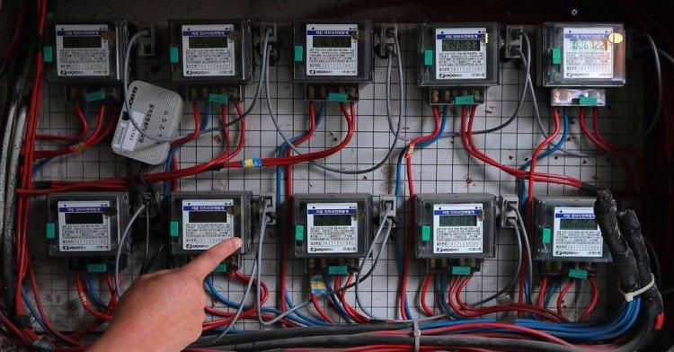 전기요금 8년만에 인상… 4인 가구 月최대 1050원 더 낸다