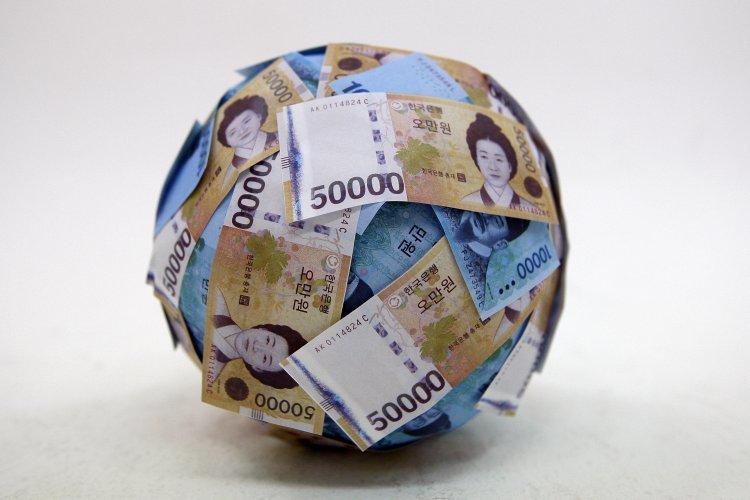 세수 작년보다 3조 줄어… 재정적자 역대 최대