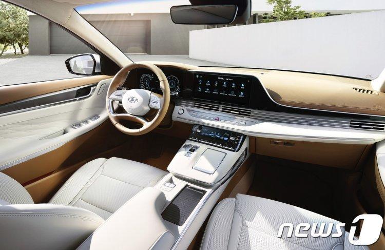 신형 그랜저 출시…현대車  최초 사양 기술들 대거 적용