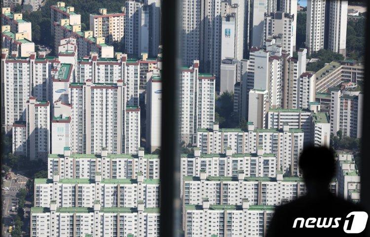 집값 껑충, 벌써 작년 한해 상승폭 추월 눈앞… 내년 재산세 폭등 가능성