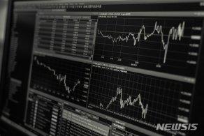 신용등급 유지하고 있지만…부채 커진 기업들 '우려'