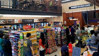 이마트24, 말레이시아 1호점 오픈… 리브랜딩 4년 만에 해외진출