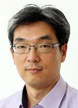'1강 독주'가 부른 아베 총리의 자충수[광화문에서/박형준]