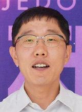 고액 출연료 논란 김제동, KBS 9월 개편때 하차