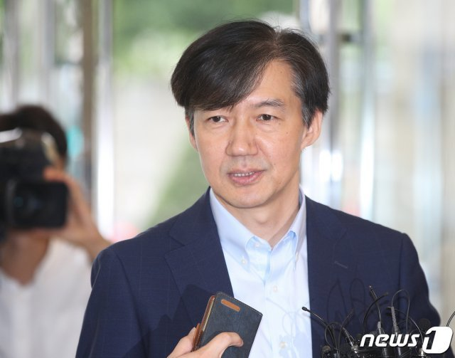 """[단독]40세 사모펀드 대표 """"조국 측과 관계 밝힐수 없어"""""""