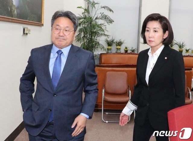 """'조국 논란 덮기' 지적에 강기정 """"맘대로 생각하라"""""""
