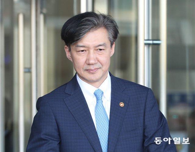 """'조국룰' 첫 수혜자는 조국…""""비공개 출석 먼저 요구"""""""
