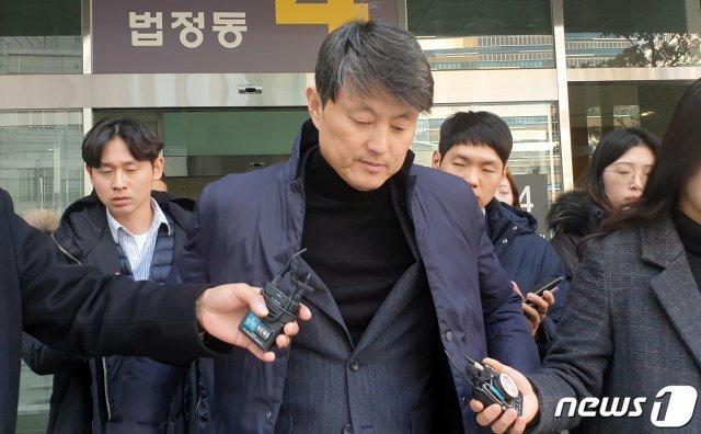 검찰, '유재수 감찰무마 의혹' 靑 대통령비서실 압수수색
