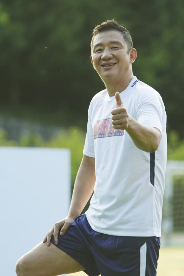 전 농구감독 허재, 디모스트엔터테인먼트 전속계약 '제2의 전성기'